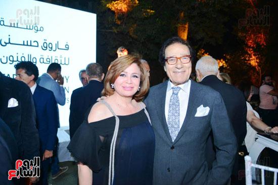 الفنان فاروق حسنى والنجمة إلهام شاهين