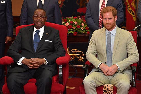 الأمير هارى مع رئيس مالاوى