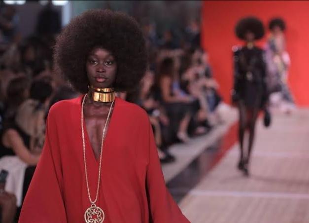 عرض أزياء إيلي صعب في باريس