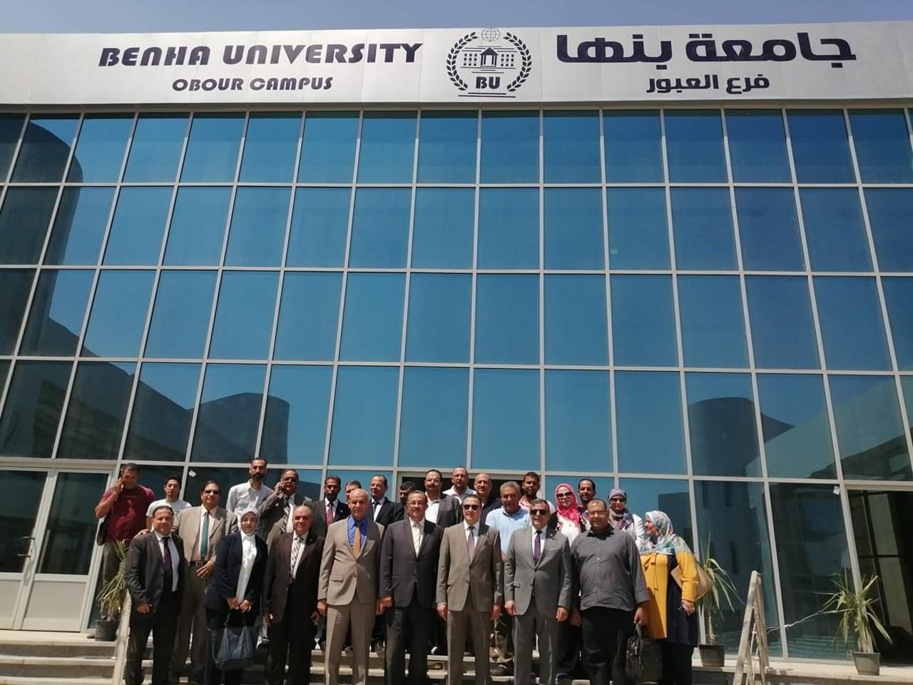 رئيس جامعة بنها يتفقد فرع الجامعة بالعبور (3)