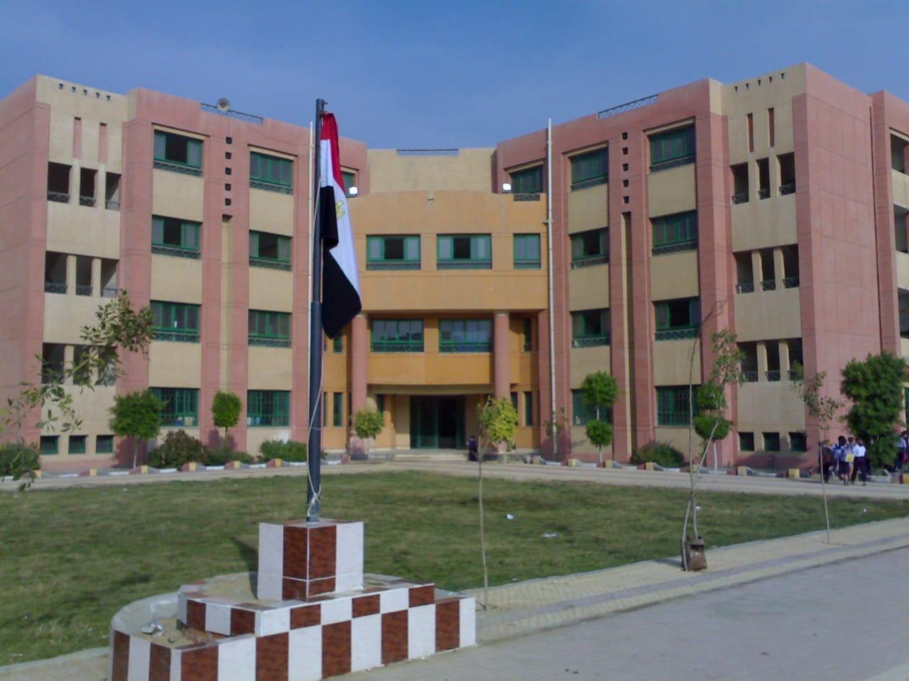 مدارس جديدة (3)