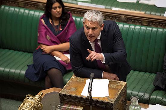 مجلس العموم البريطانى يصوت برفض طلب رئيس الوزراء إجراء انتخابات مبكرة (4)