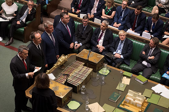 مجلس العموم البريطانى يصوت برفض طلب رئيس الوزراء إجراء انتخابات مبكرة (5)