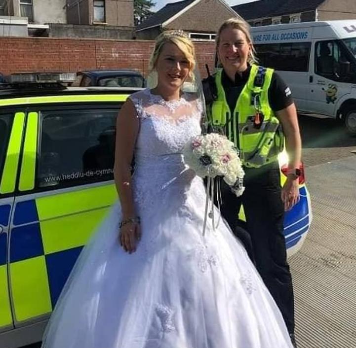 العروس والشرطية