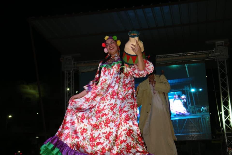 4-عروض مهرجان الفنون الشعبية