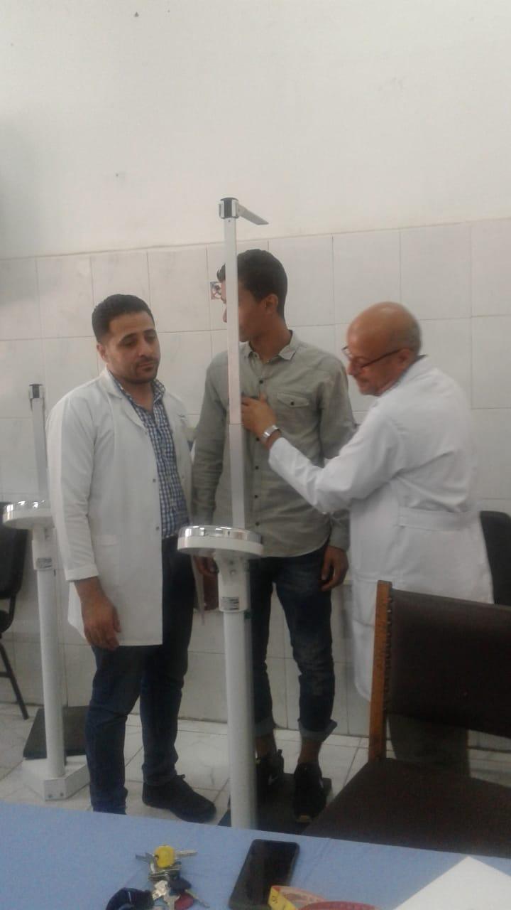 الكشف الطبى على طلبه الدفعة الأولى للمعهد الفني فوق المتوسط لتكنولوجيا النقل  (4)