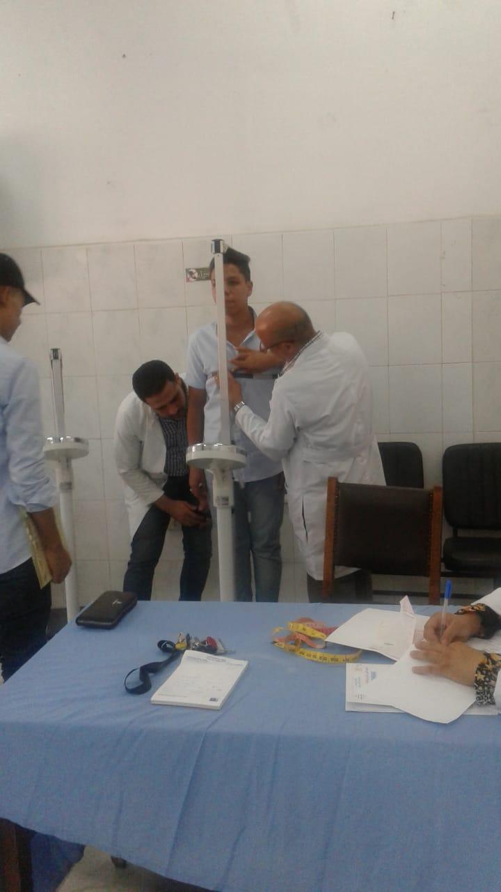 الكشف الطبى على طلبه الدفعة الأولى للمعهد الفني فوق المتوسط لتكنولوجيا النقل  (1)