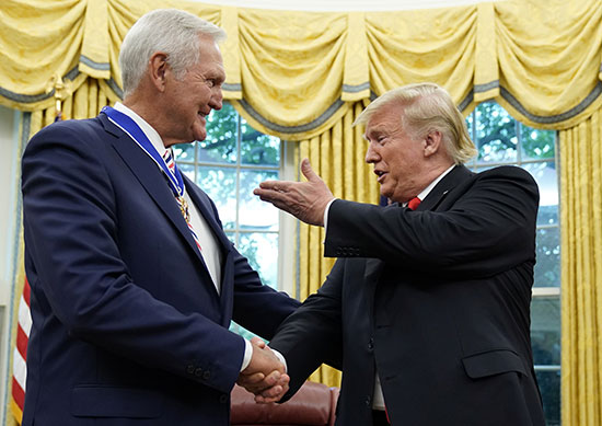 Trump shakes hands with Jerry West