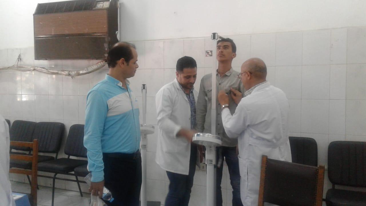 الكشف الطبى على طلبه الدفعة الأولى للمعهد الفني فوق المتوسط لتكنولوجيا النقل  (3)