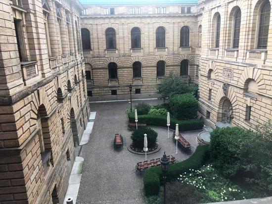 المحكمة الإدارية العليا بألمانيا (1)