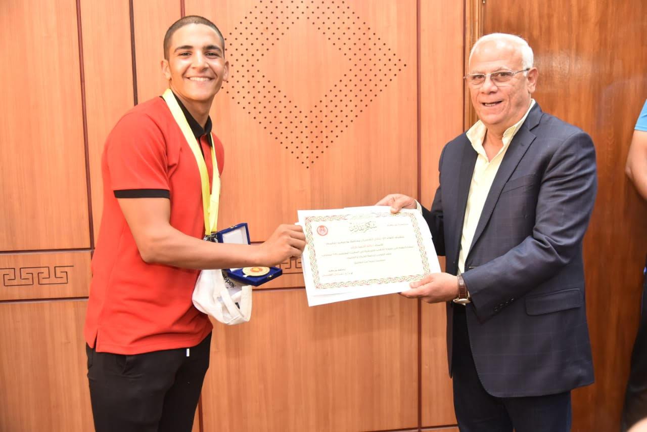 أبطال منتخب مصر لرياضة الكياك والكانوى  (7)