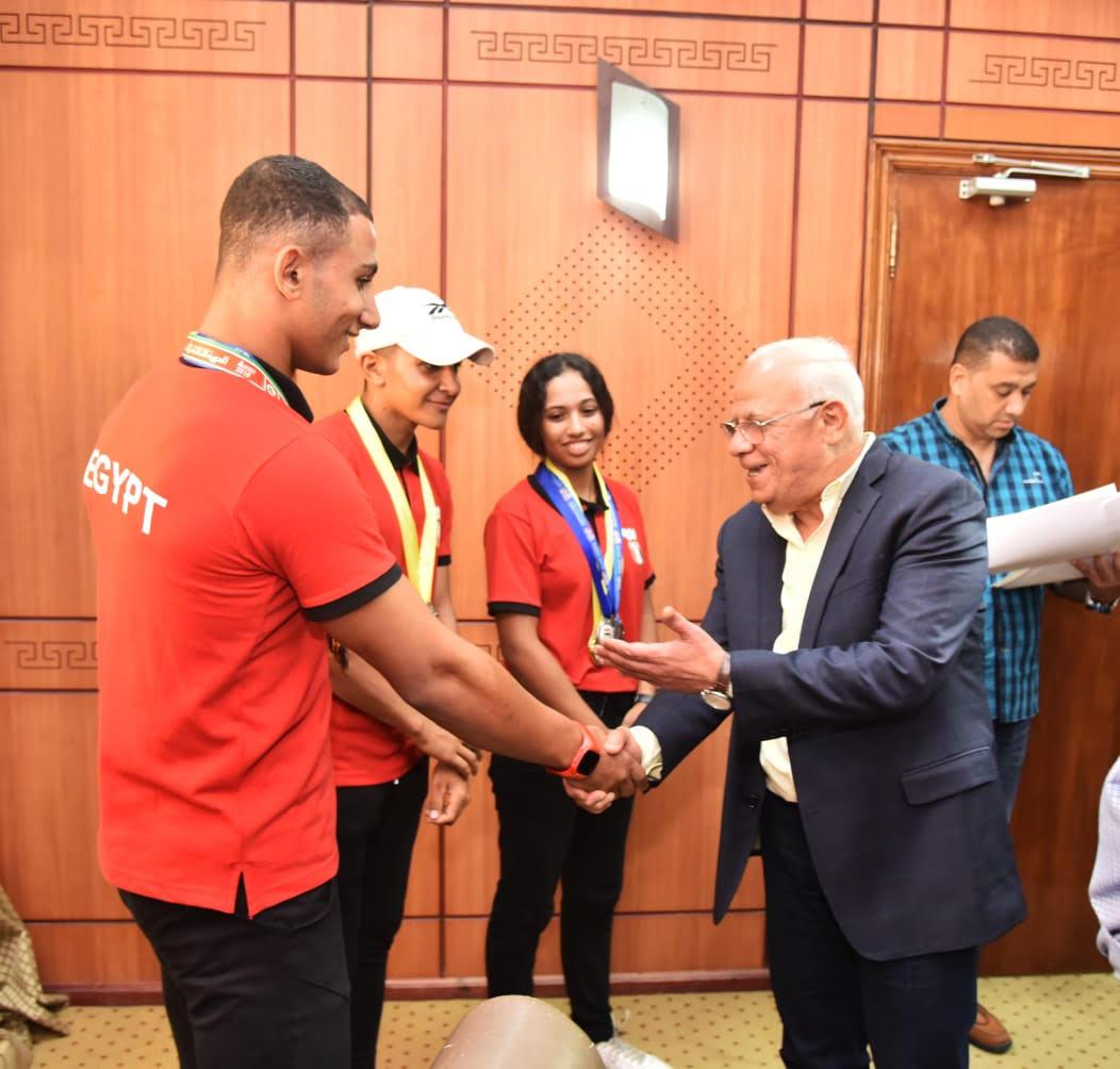 أبطال منتخب مصر لرياضة الكياك والكانوى  (5)