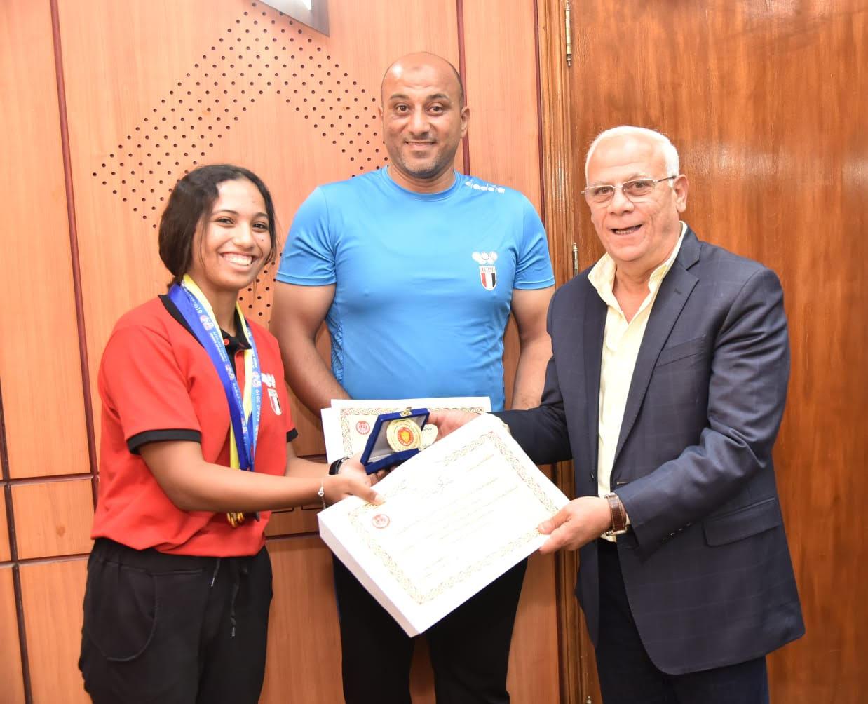 أبطال منتخب مصر لرياضة الكياك والكانوى  (2)
