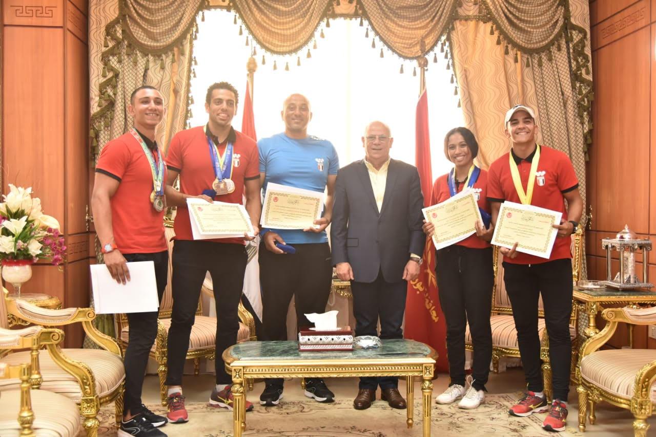 أبطال منتخب مصر لرياضة الكياك والكانوى  (3)
