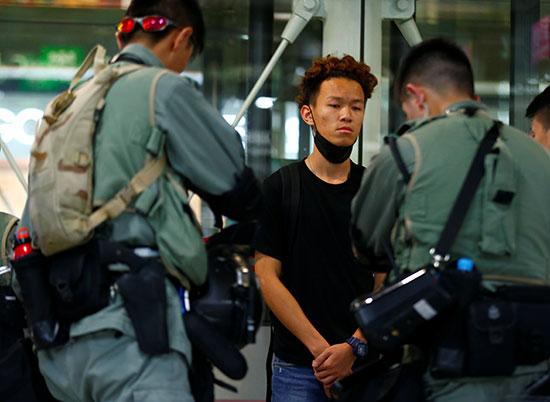 متظاهرون فى هونج كونج