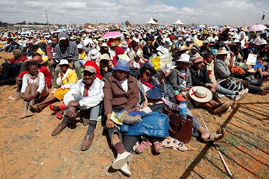 مواطنو مدغشقر فى انتظار البابا