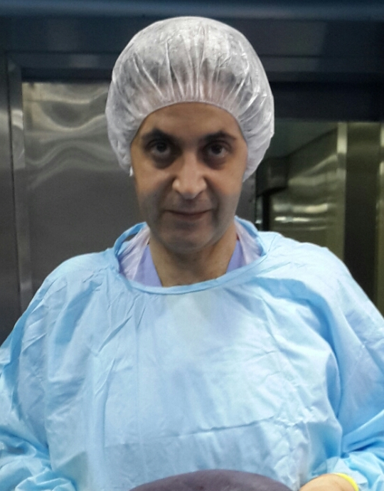 الدكتور أمجد عبد الجواد