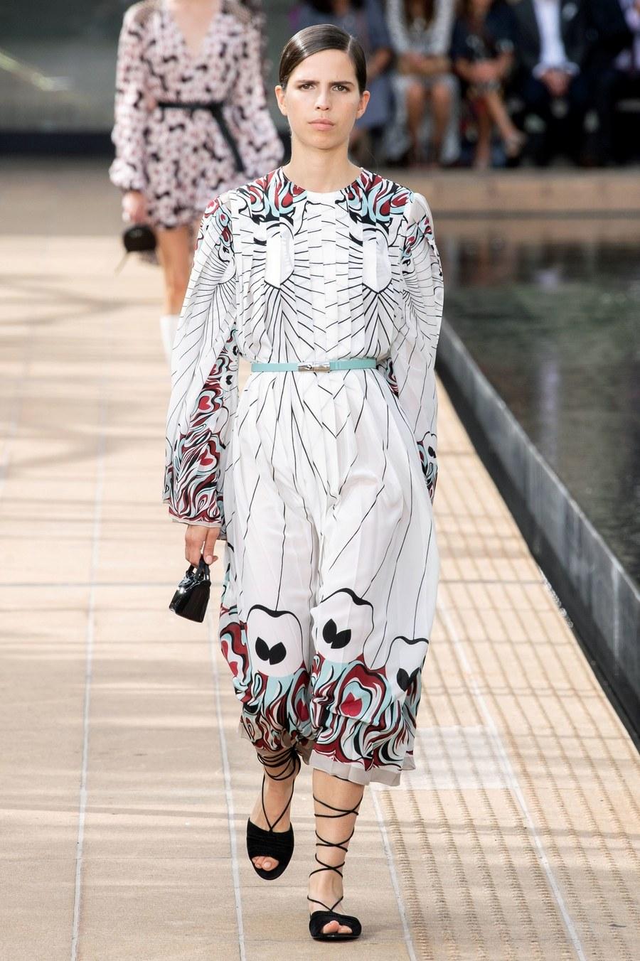 عرض أزياء Longchamp  بأسبوع الموضة بنيويورك (14)