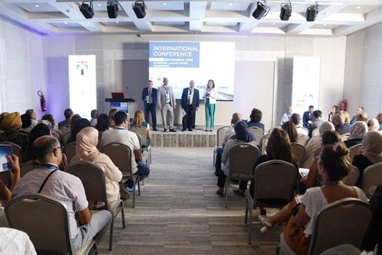 جامعة مصر بالمؤتمر العالمى لتطبيقات الليزر فى طب الأسنان بتونس (4)