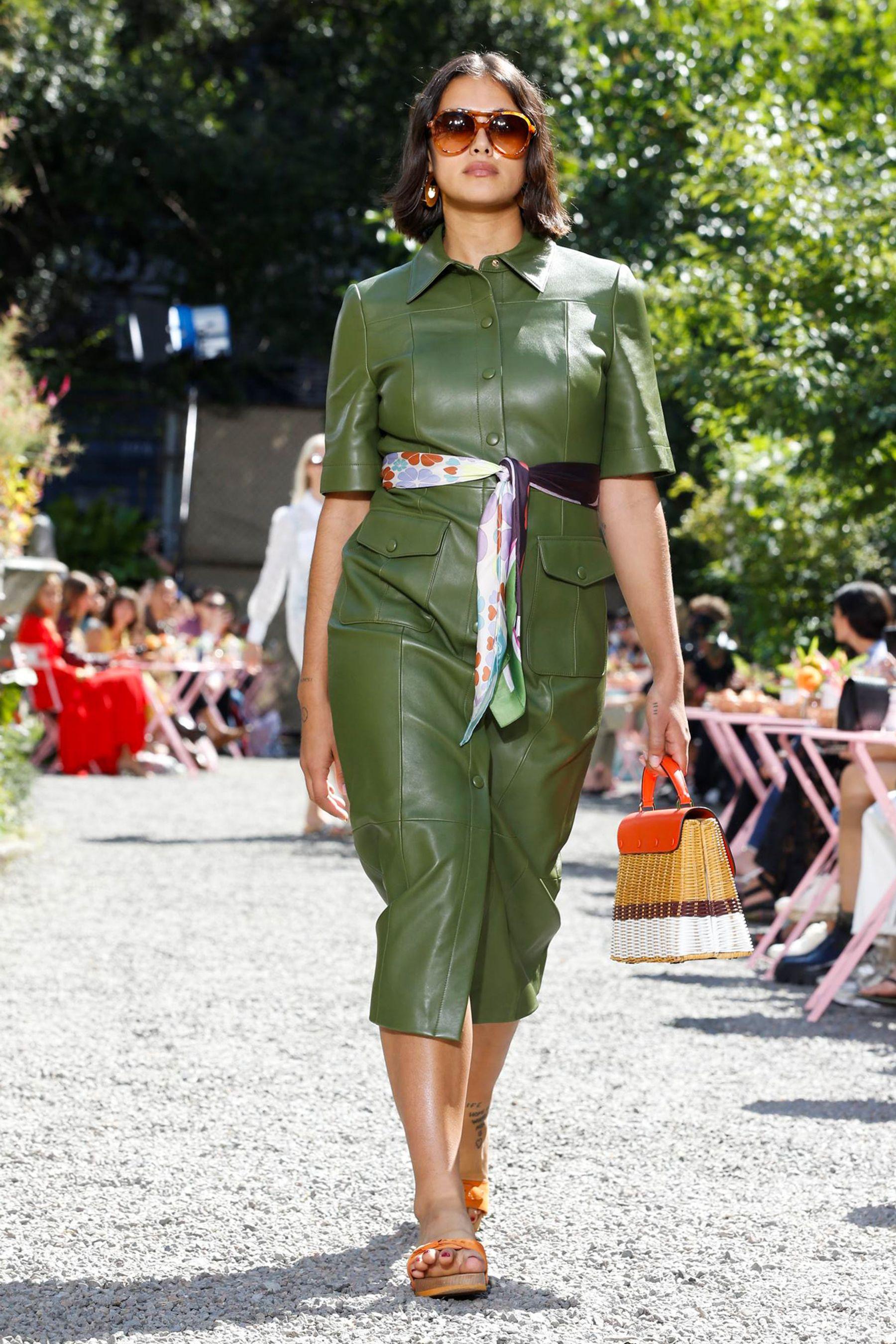 عرض أزياء Kate Spade  (2)