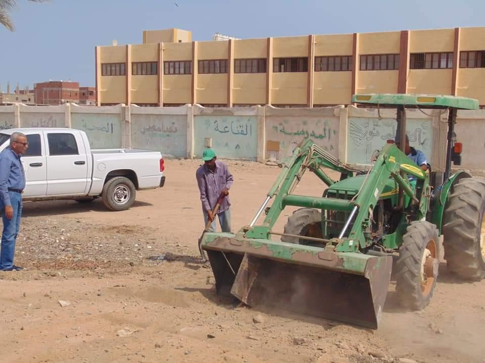 حملات نظافة بمحيط المدارس (3)