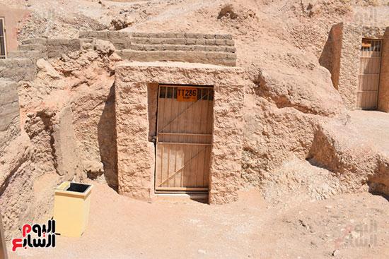 اليوم-السابع-داخل-مقبرتي-رع-يا-ونياي-بجبل-ذراع-أبوالنجا-بالأقصر-(4)