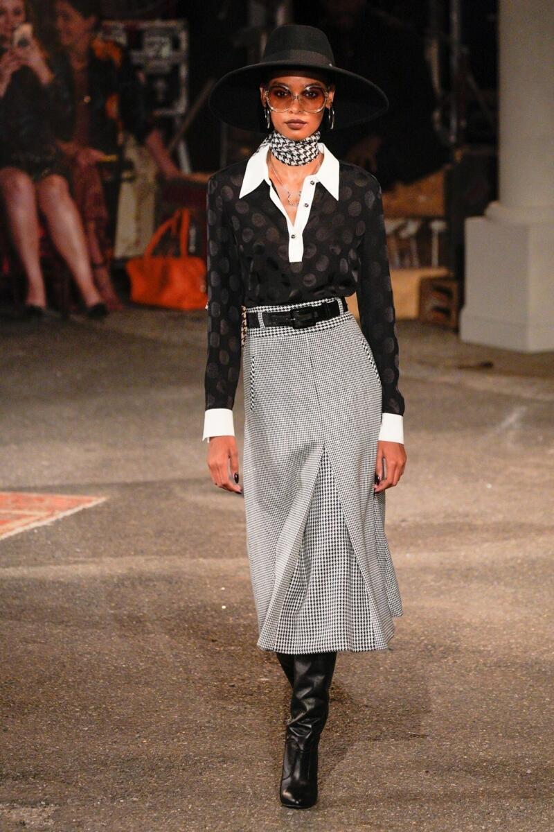 عرض أزياء تومى هيلفيجر  (2)