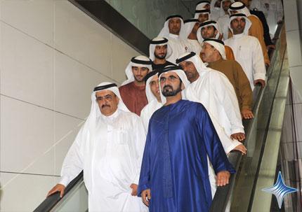 الشيخ محمد بن راشد خلال افتتاح المترو