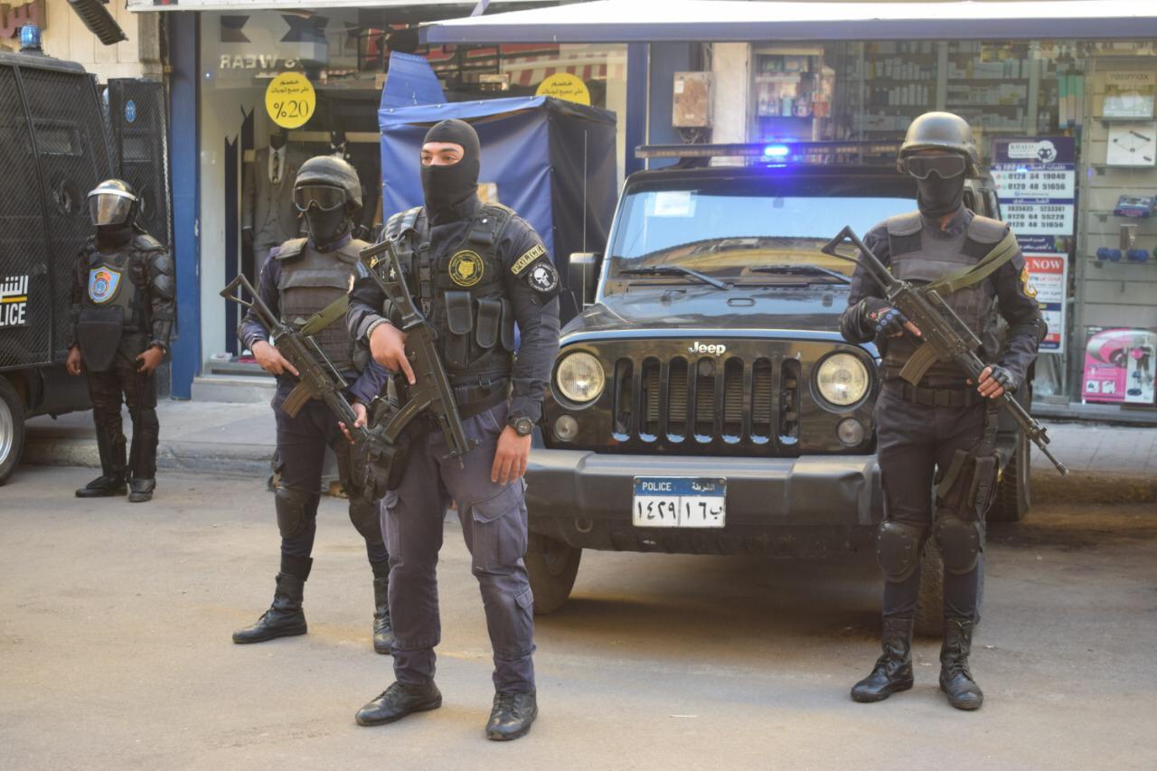 رجال الشرطة