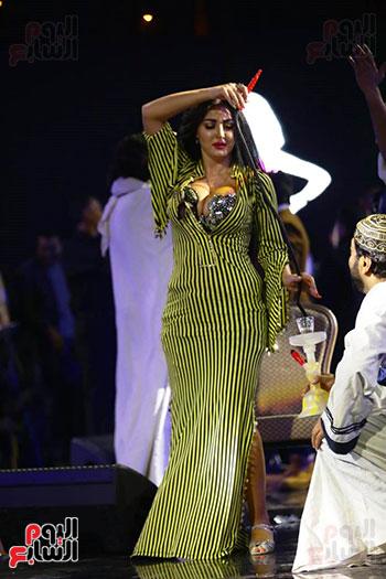 صافينار ترقص مع الشيشة