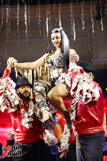 عرض رقص صافينار