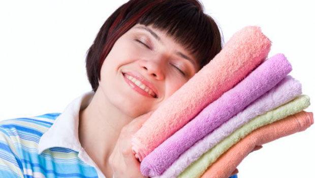 طرق مختلفة لتحسين رائحة خزانة الملابس