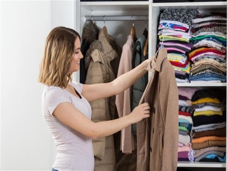 تحسين رائحة خزانة الملابس