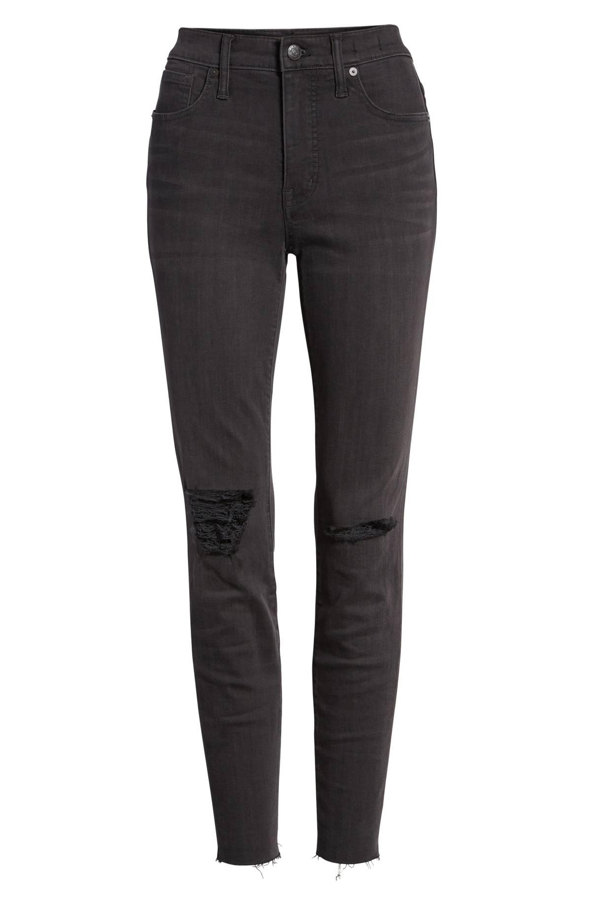 بنطلون جينز أسود