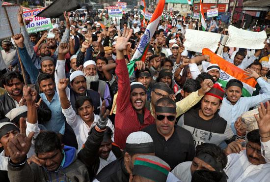 مظاهرات بالهند ضد القانون الجديد