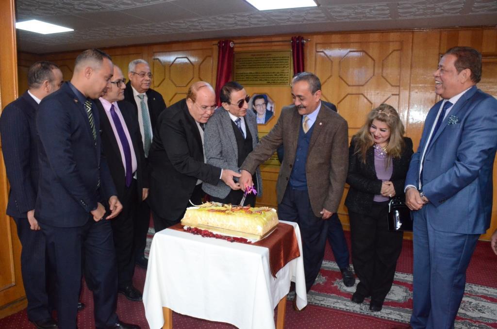 تدشين إطلاق اسم الدكتور عبد المنعم عمارة على قاعة المؤتمرات الكبرى بديوانعام محافظة الإسماعيلية (17)