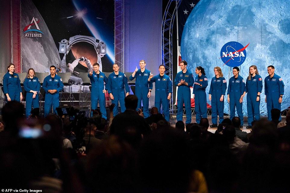 رواد ناسا 5