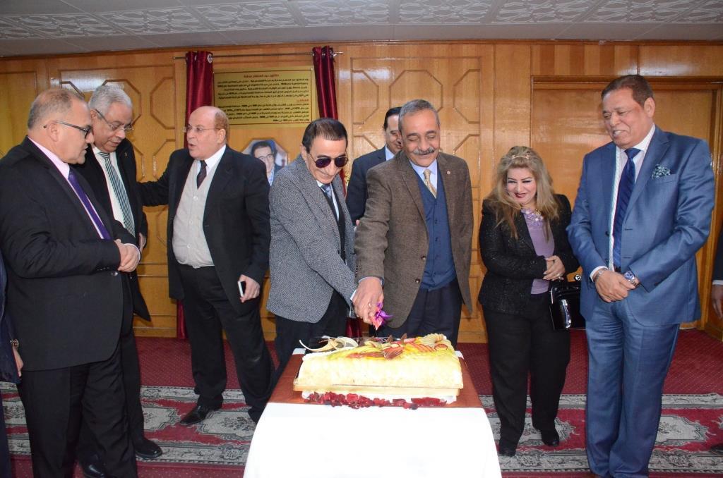 تدشين إطلاق اسم الدكتور عبد المنعم عمارة على قاعة المؤتمرات الكبرى بديوانعام محافظة الإسماعيلية (16)