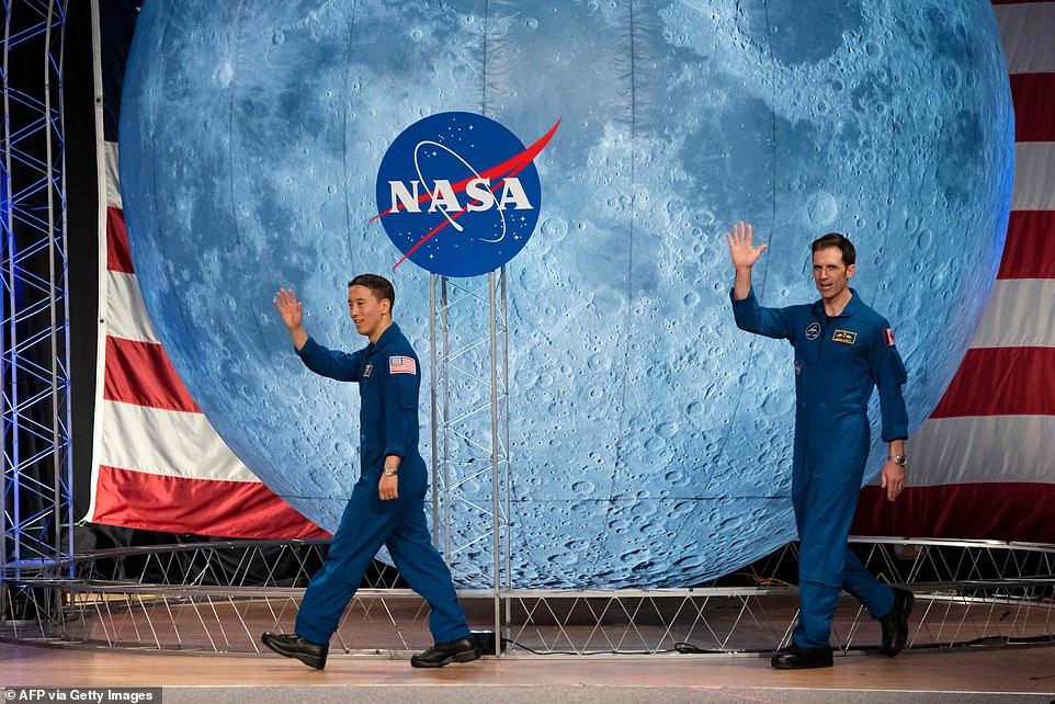 رواد ناسا 6