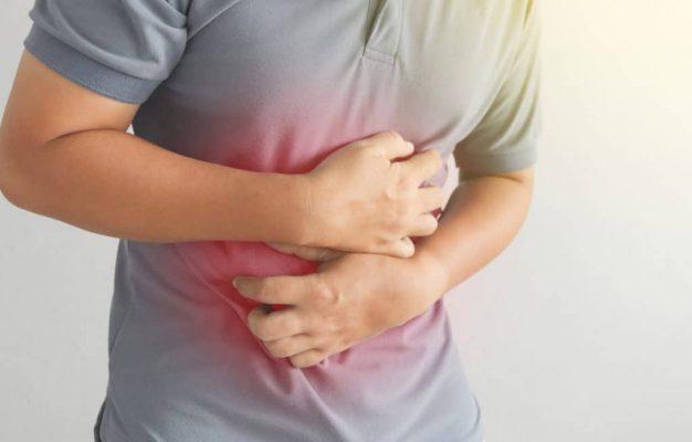 اعراض التهاب المرارة عديدة ومنها ألم البطن والغثيان اليوم السابع