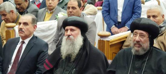 محافظ كفرالشيخ يشهد مراسم مئوية تأسيس كنيسة مار جرجس بدسوق (8)