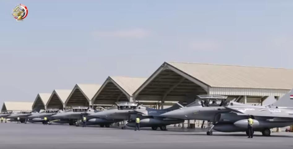 القواعد الجوية بالجيش المصرى