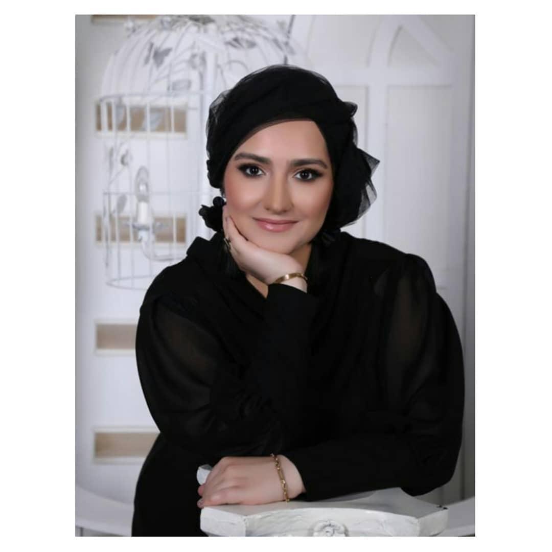 الإعلامية زهراء خاتمى