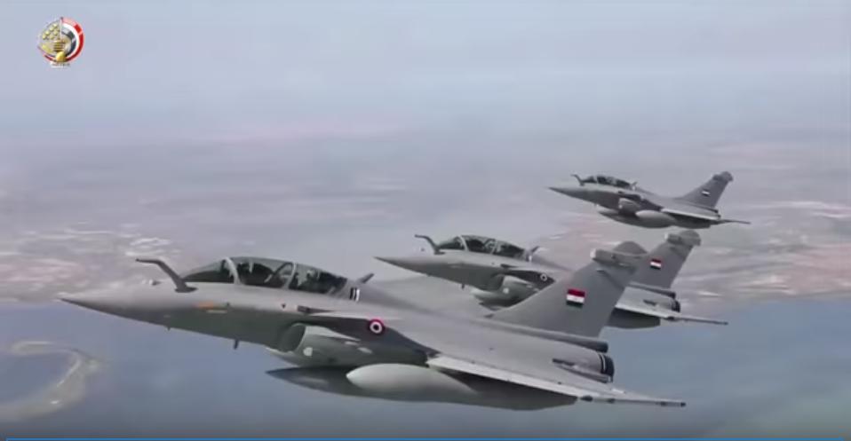 طائرات الجيش المصرى تحمى السماء