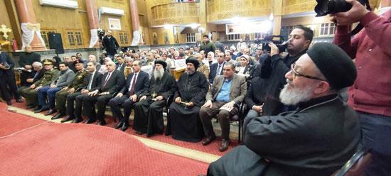 محافظ كفرالشيخ يشهد مراسم مئوية تأسيس كنيسة مار جرجس بدسوق (5)