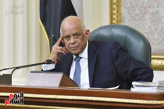 الجلسة العامة للبرلمان  (10)