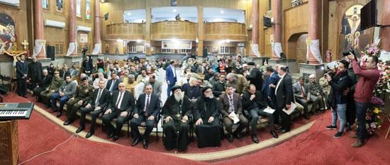 محافظ كفرالشيخ يشهد مراسم مئوية تأسيس كنيسة مار جرجس بدسوق (12)