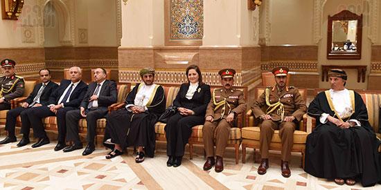الوفد المصرى يقدم واجب العزاء بسلطنة عمان