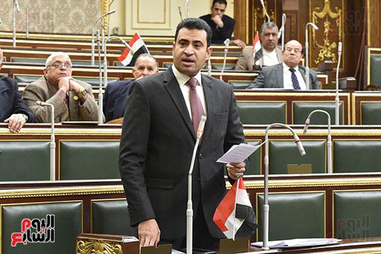 الجلسة العامة للبرلمان  (11)