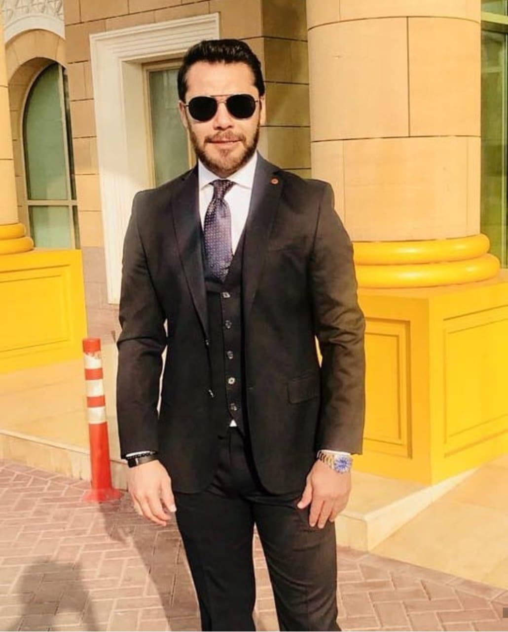 أحمد حسن بالبدلة 2